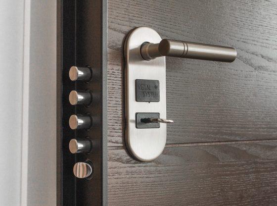 Säkra låssystem för företag